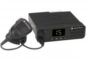 Профессиональная рация Motorola DM 4401